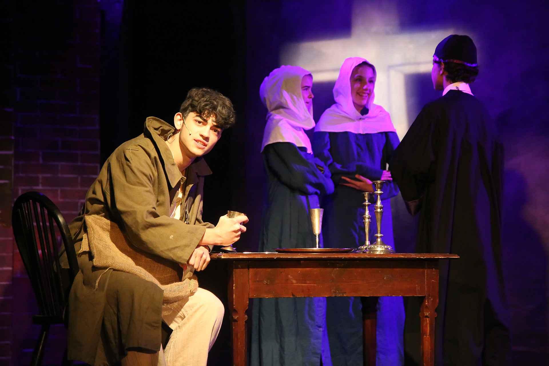 Image Jean Valjean and the Bishop