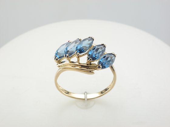 Blue Topaz Ring, 14k Yellow Gold