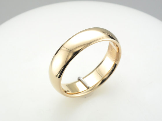 14k Yellow Gold, 6.0mm Band