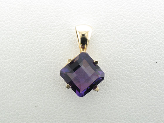Checkerboard Amethyst Pendant, 14k Yellow Gold