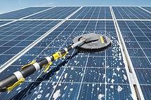 limpieza panel solar.JPG