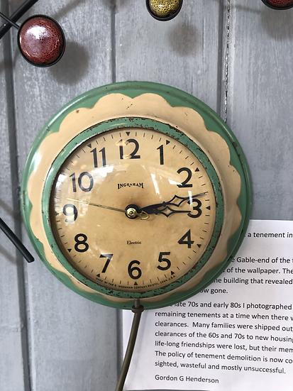 Vintage kitchen clock