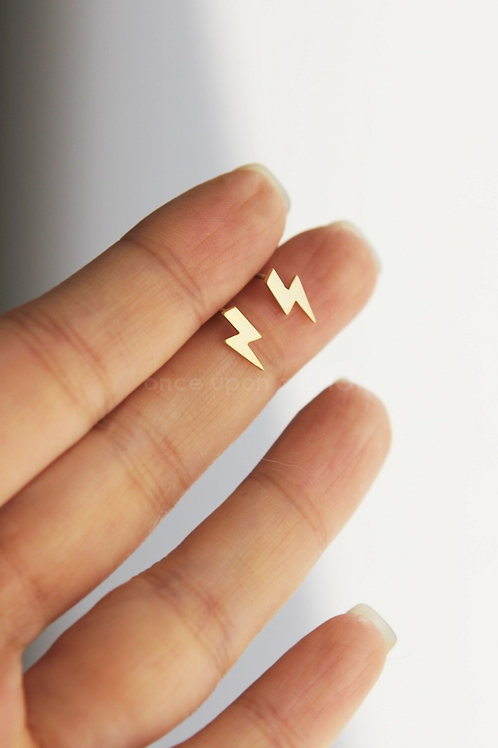 Lighting Bolt Earrings | Gold