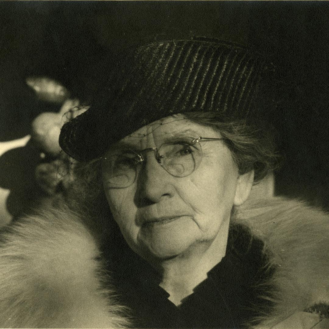 Martha Wattis (1862-1944) Social Influencer