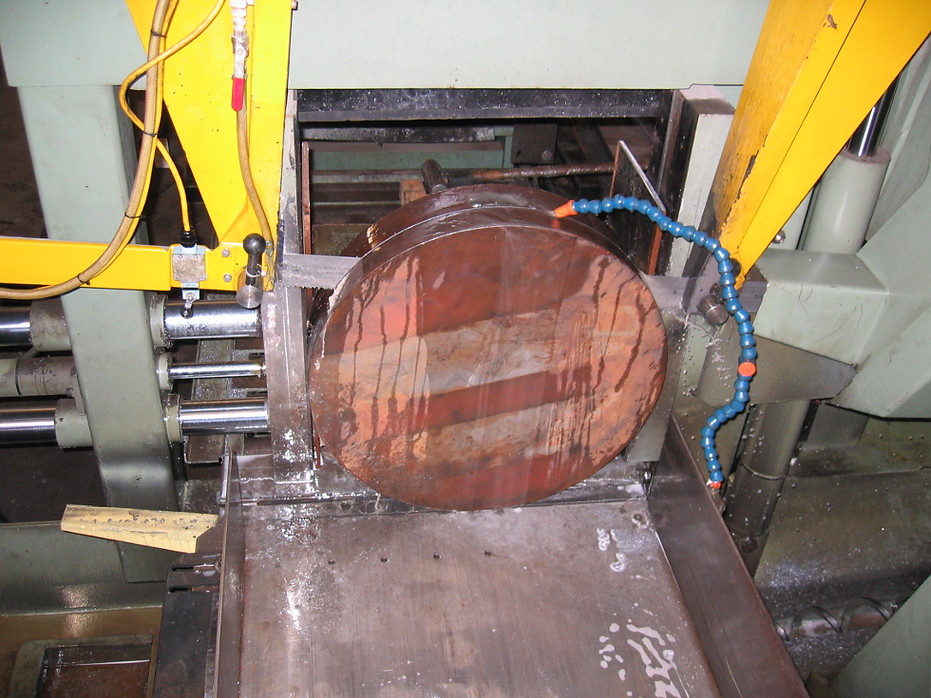 Steel Services provides saw cutting, plasma cutting, drilling, shearing services.