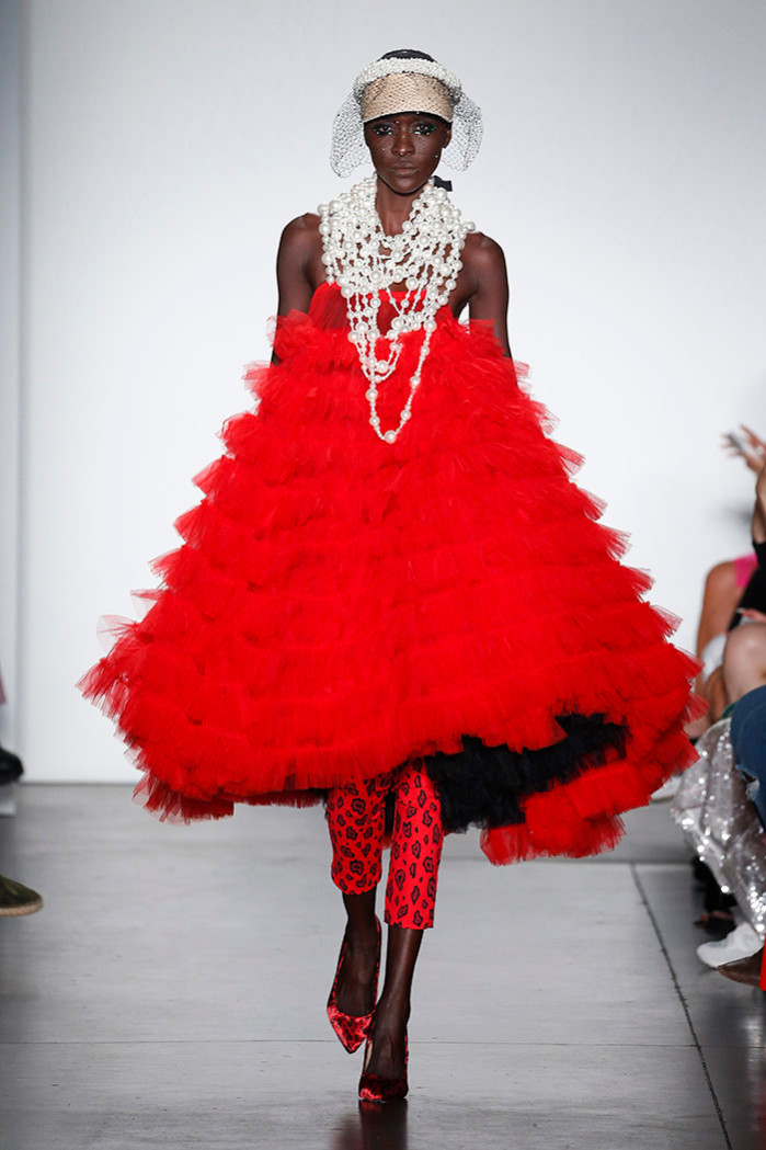 Ya – Red tulle dress