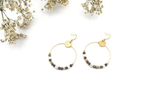 Boucles créoles bleu paon et perles dorées à l'or fin