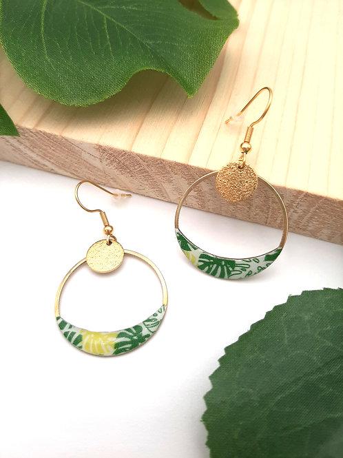 Boucles d'oreilles créoles demi-lune feuilles vertes
