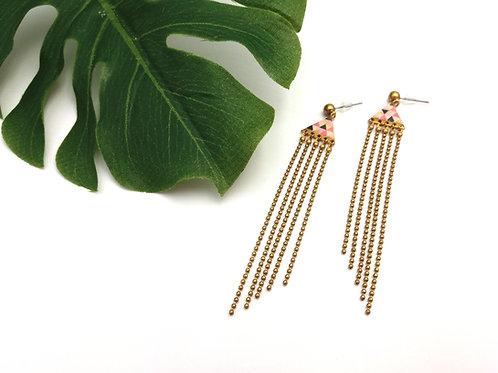 Boucles d'oreilles longues triangle et multi chaînette en laiton doré
