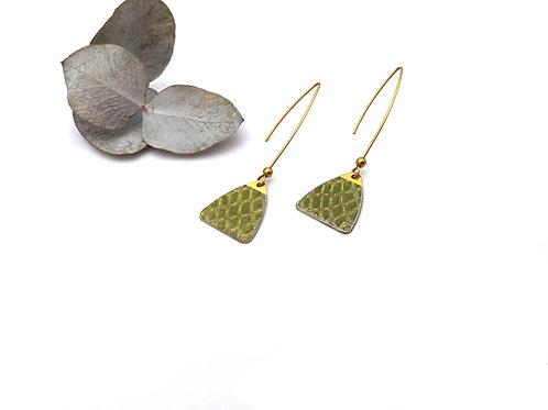 Boucles d'oreilles triangle en laiton façon croco pailleté doré