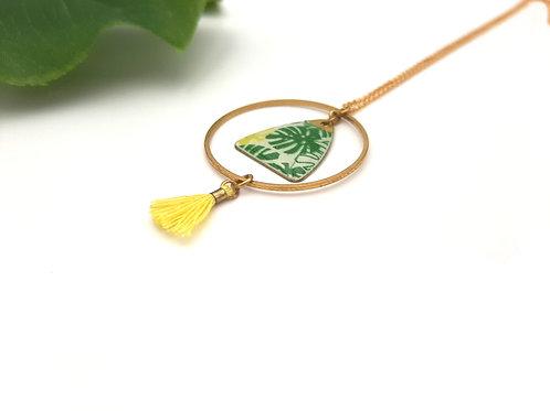 Collier court cercle feuilles vertes acier doré