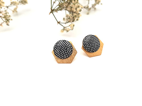 Boucles d'oreilles puces graphiques noires à pois blanc