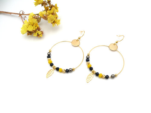 Boucles créoles jaune safran et perles dorées à l'or fin