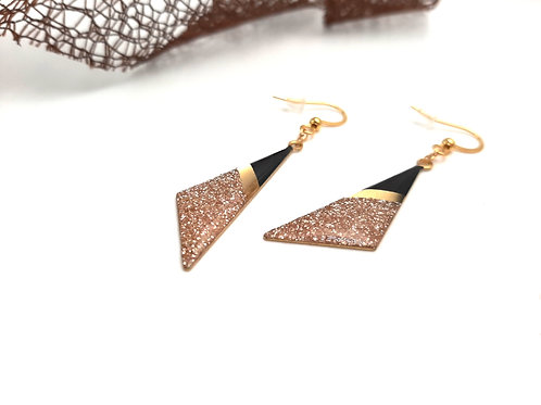 Boucles d'oreilles triangles asymétriques Rose Gold