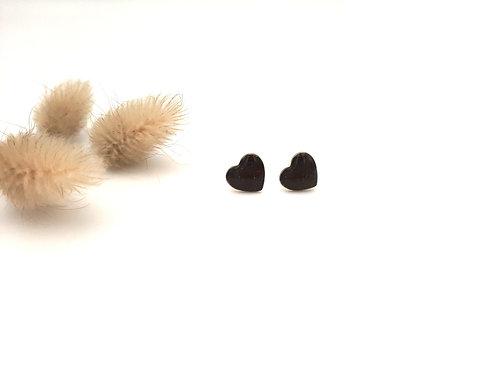 Clous d'oreilles cœur noir croco
