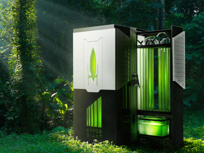 Hypergiant Industries Algae-fueled Bioreactor Absorbs CO2 400X More Effectively than Trees