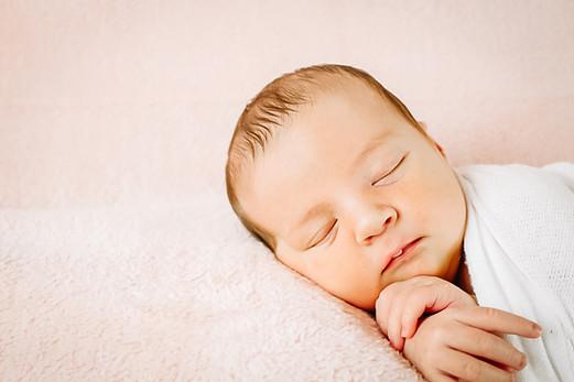 Newborn_-7.jpg