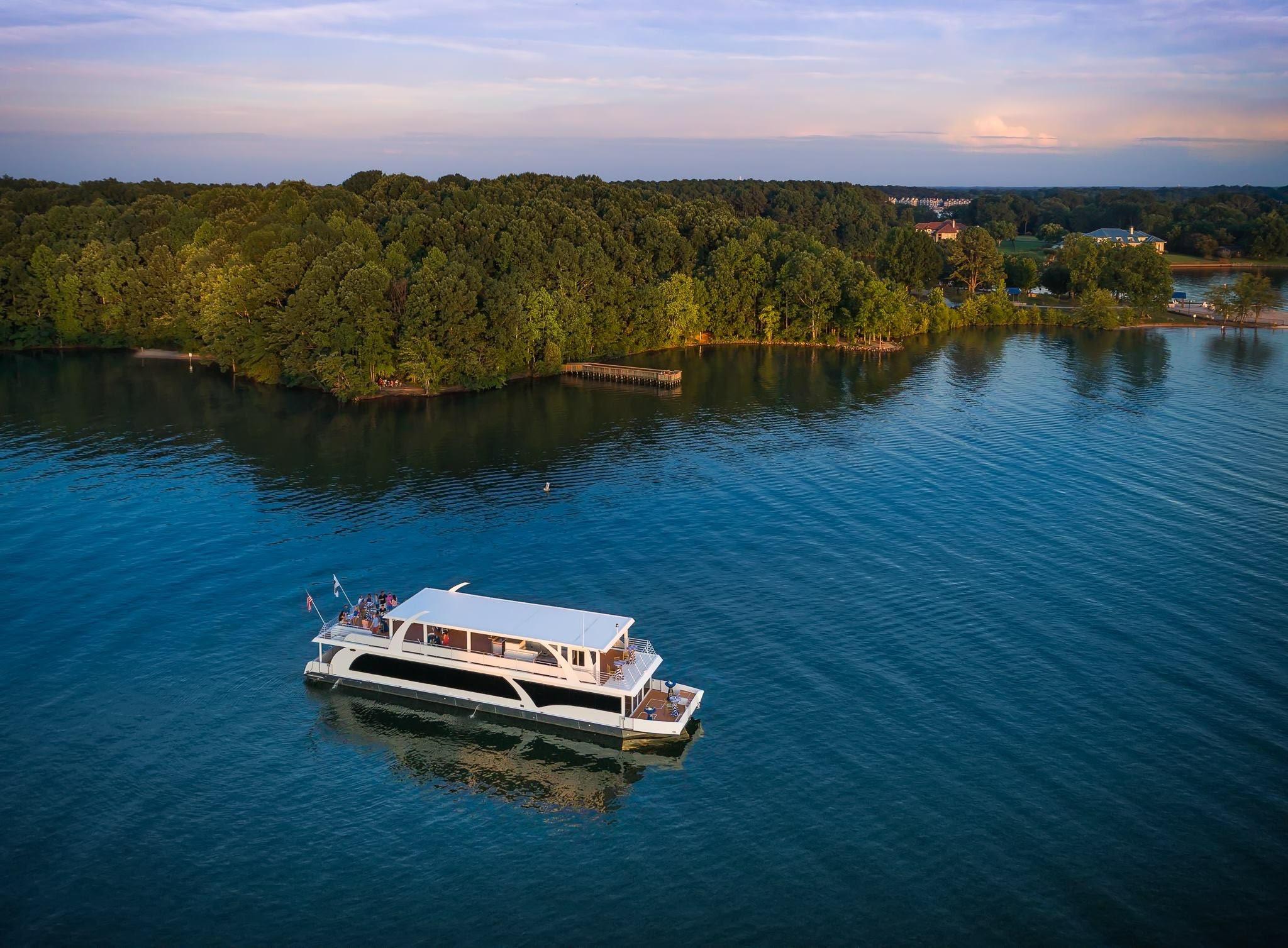 Tuesday Yacht Vinyasa Flow 9am
