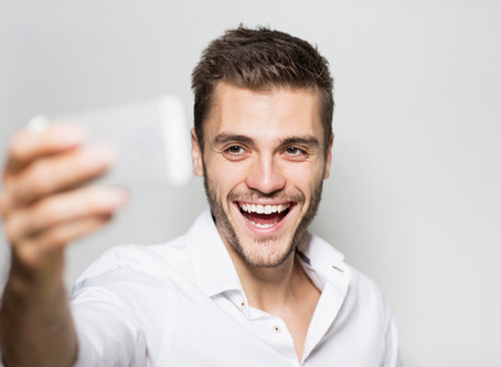 How to take better selfies for  SOCIAL MEDIA