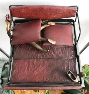 LEAH POLLER | HIDE A BED