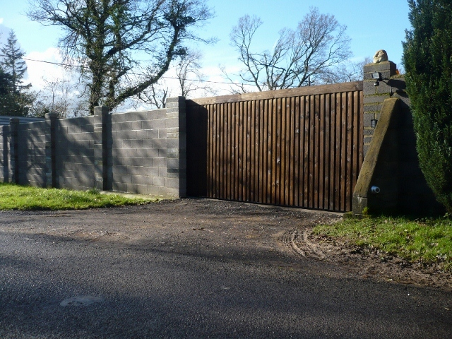 Secure entry gate systems