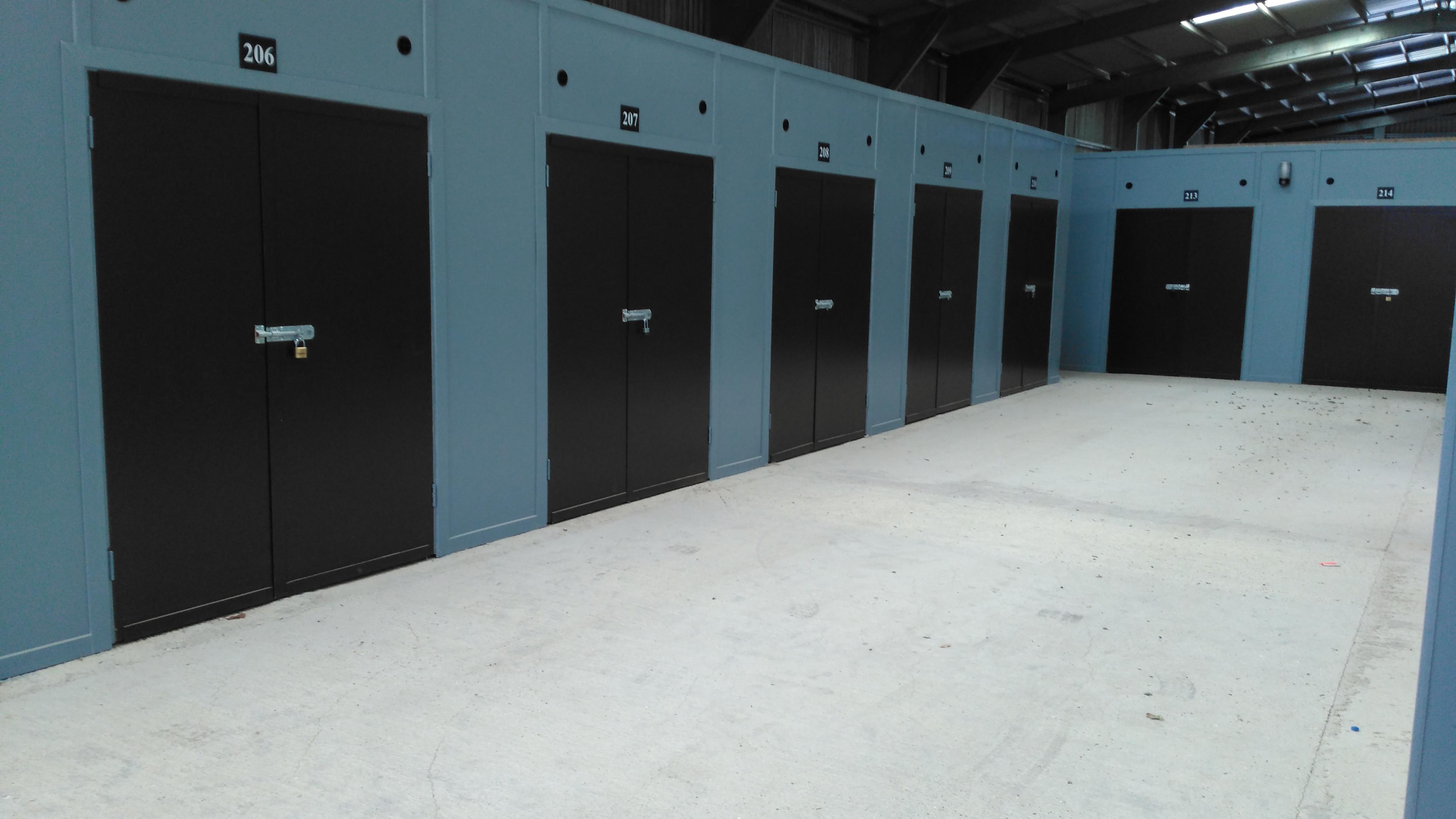 7 x 15 Storage Units
