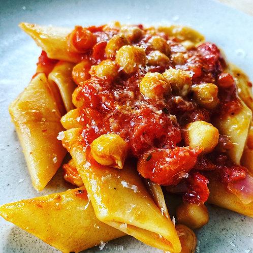 Pennoni con Ceci (Chickpea Sauce with Pennoni Pasta)