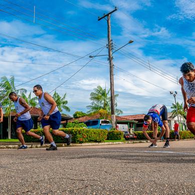 Atividades esportivas em comemoração ao dia do trabalhador