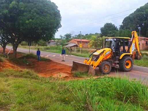 Secretaria de Obras e Urbanismo realizou a limpeza das áreas às  margens da rodovia, na PA 140