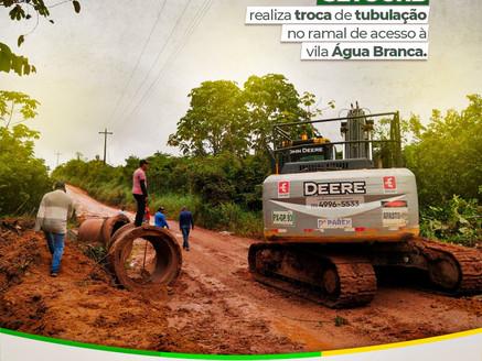 SETOURB realiza troca de tubulação no ramal de acesso a vila Água Branca