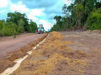 SETOURB foi realizado o serviço de desobstrução do ramal que dá acesso a comunidade Santa Maria