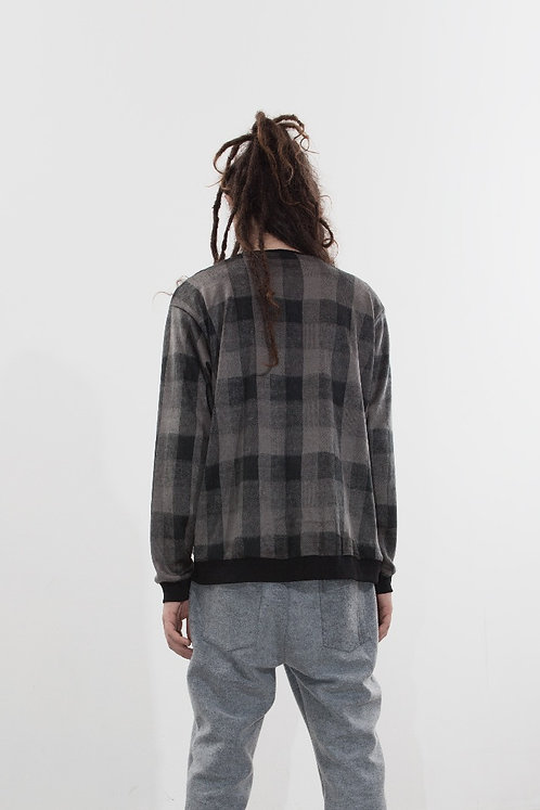 FLUFFY PLAID GREY SWEATSHIRT