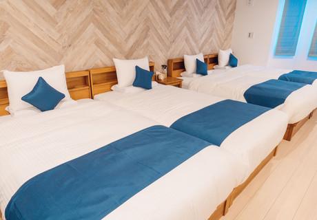 ファミリールーム 4ベッド .jpg