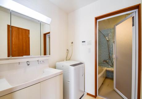 3ベッドルームヴィラ洗面所.jpg