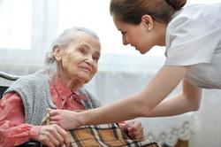 elderly-lady-650x433.jpg