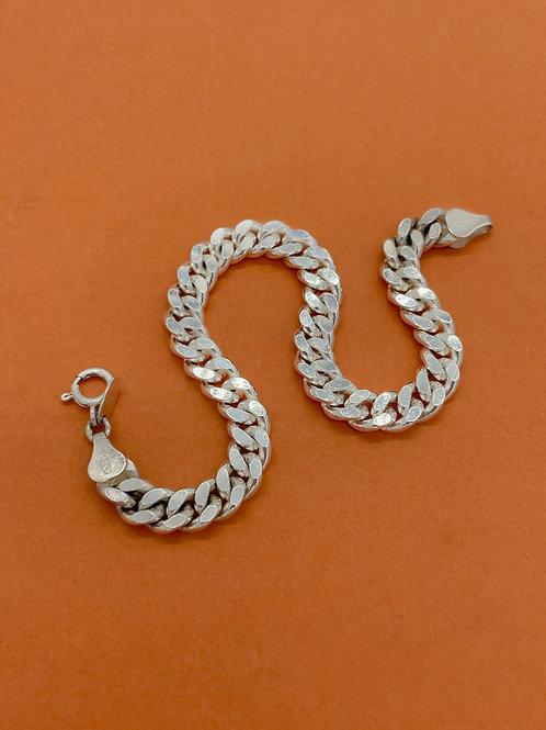 Unbounded Bracelet
