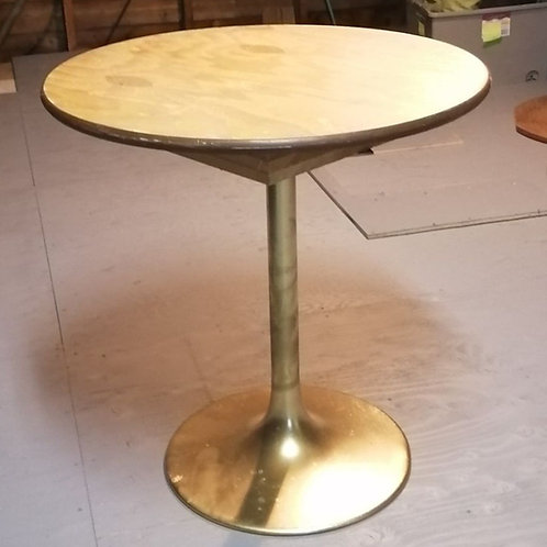 30in Round Table
