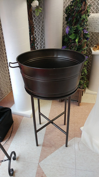 Round Beverage Tub w/Stand