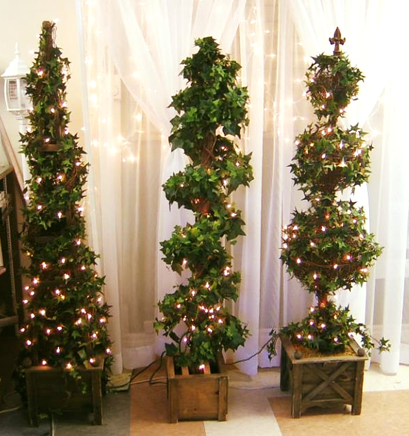 Topiary Tree Examples w/Lights
