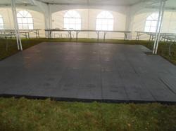 Plain Inside w/Dance Floor