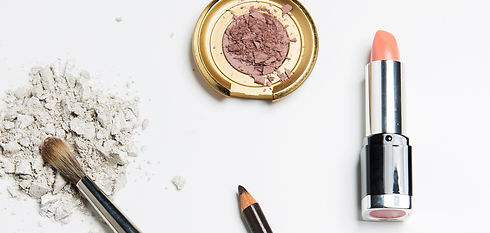 Makeup%20Brushes_edited.jpg