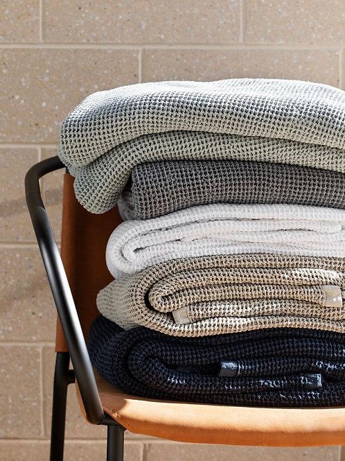 Hepburn Blanket - White