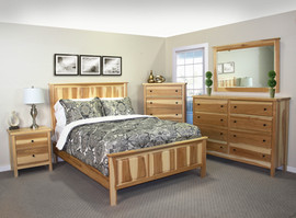 Hickory Queen Panel Bed