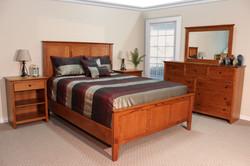 Oak Shaker Bedroom in Mission Brown