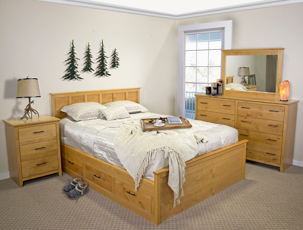 Alder Shaker Captains Bed in Natural