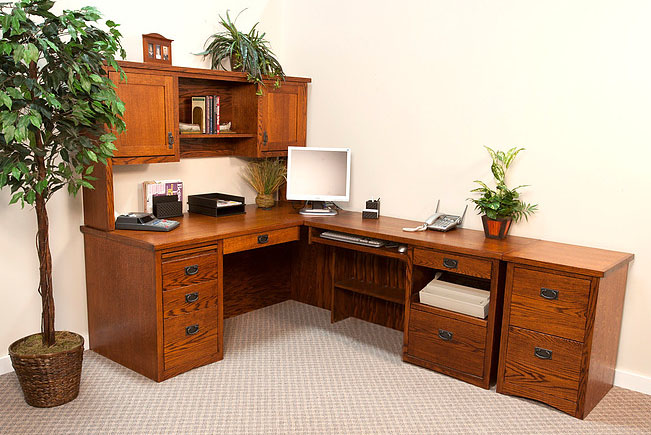 Mission Return Desk w/ Hutch