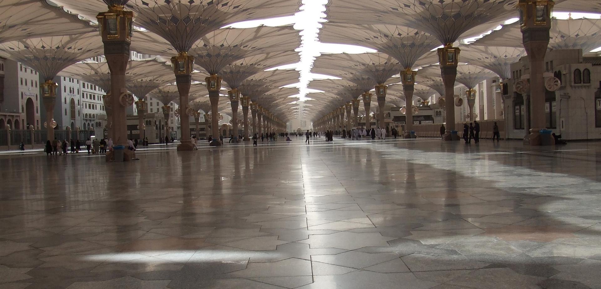 Dataran Masjid Nabawi.JPG