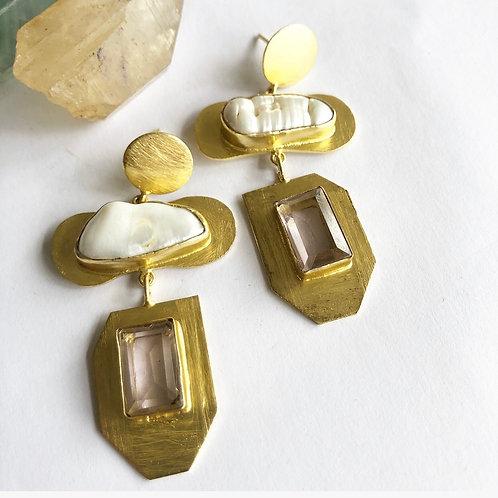 Light Amethyst With Biwa Pearl