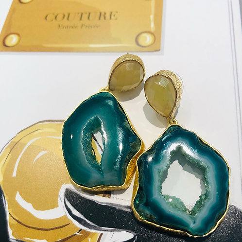 Yellow Agates With Green Agate