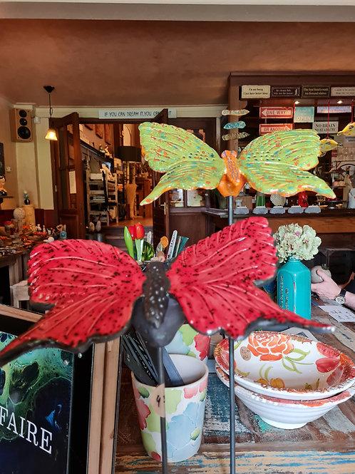 Vlinders van keramiek